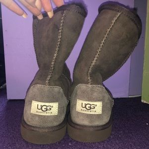 BRAND NEW BROWN WOMENS UGG BOOTS